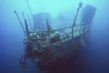 Wreck DIving in Bali